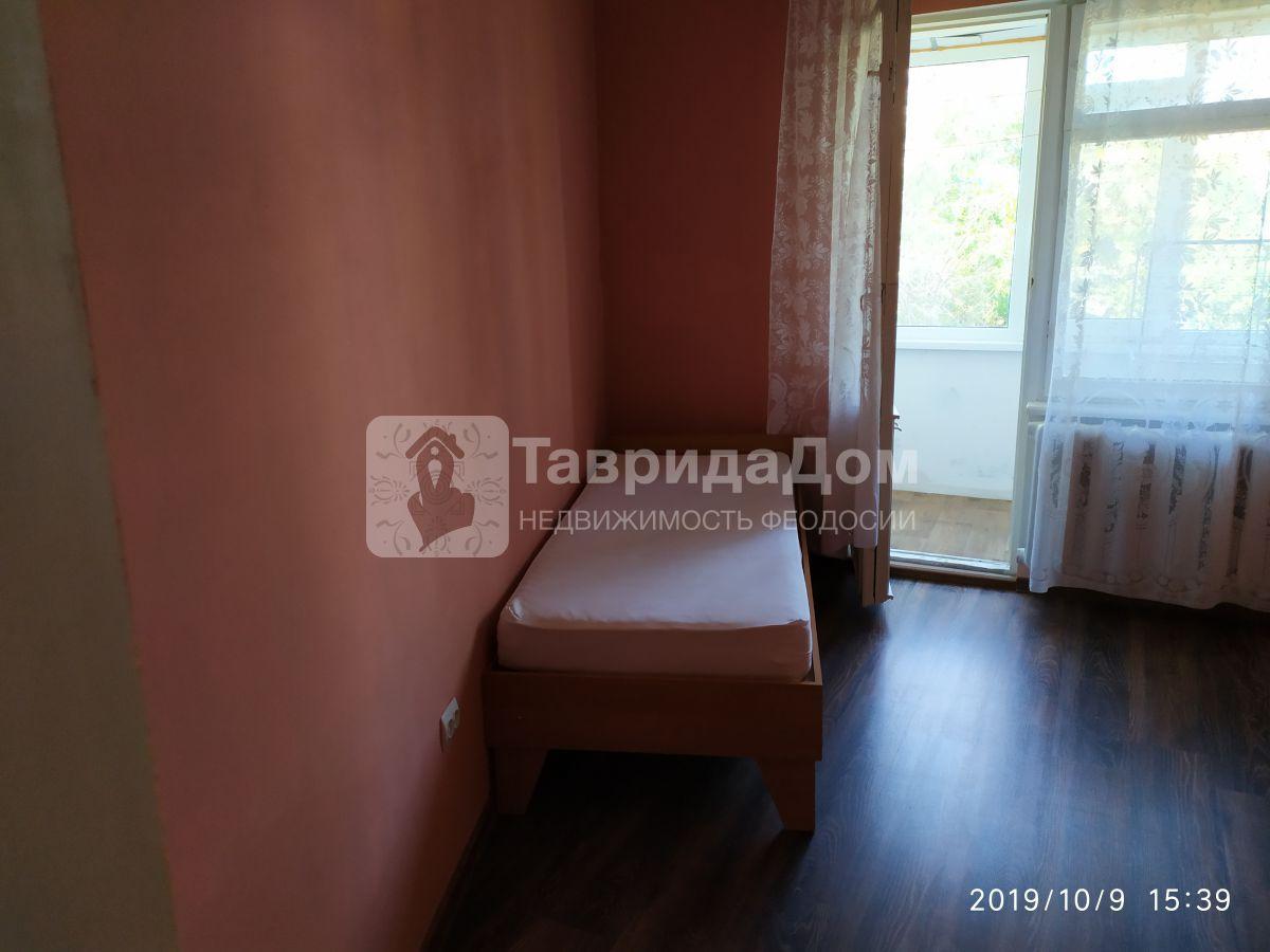 Квартира в аренду по адресу Россия, Крым Респ, Феодосия, Старшинова б-р, 25