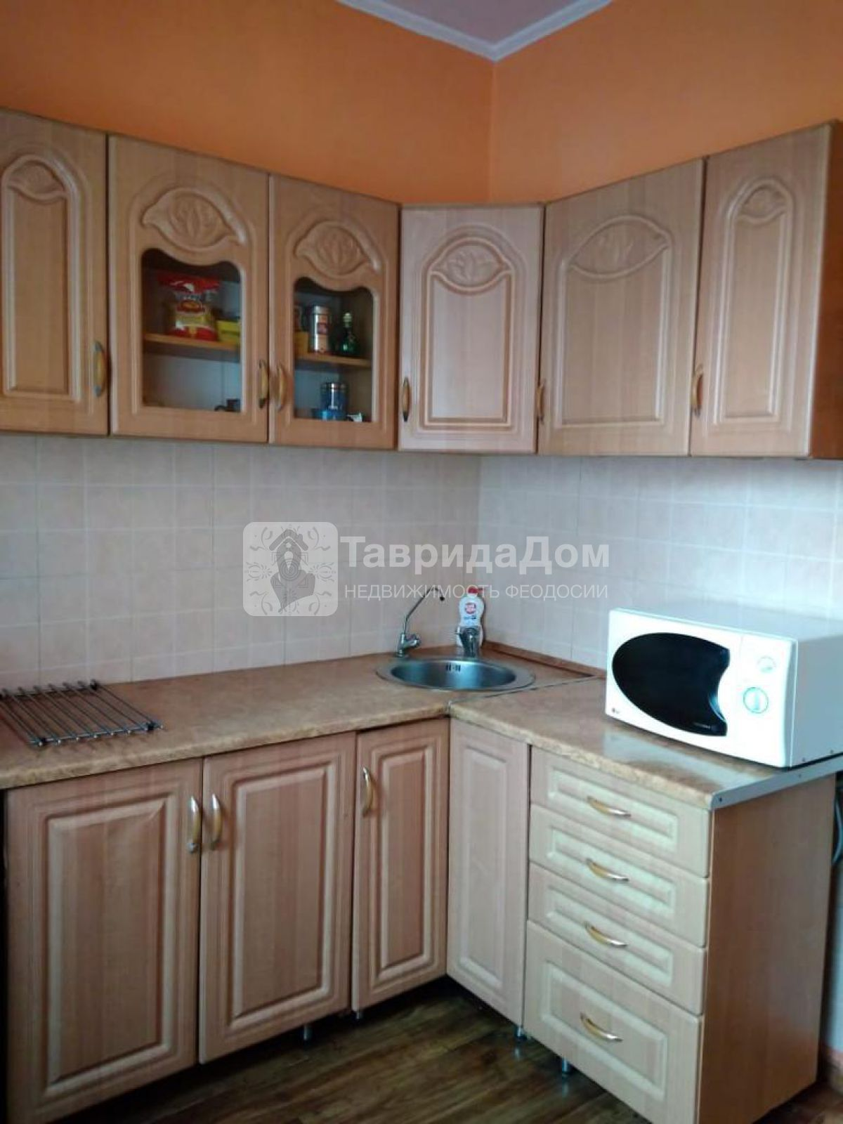 Квартира на продажу по адресу Россия, Крым Респ, Феодосия, Дружбы ул, 42а