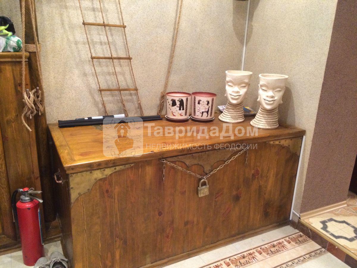 Таунхаус на продажу по адресу Россия, Республика Крым, Феодосия, Черноморская наб