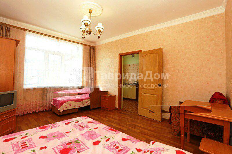 Квартира в аренду по адресу Россия, Республика Крым, Феодосия, Старшинова б-р, 25